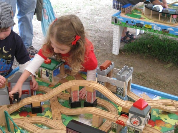 Day Out With Thomas - Playing with Trains