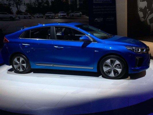 NAIAS - Hyundai Ionic Hybrid