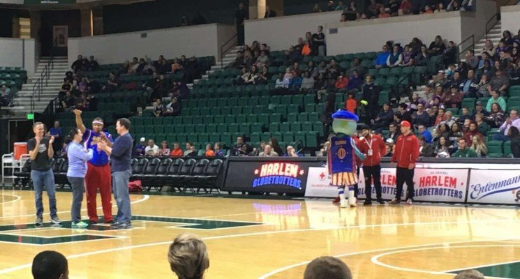 Harlem Globetrotters - Pregame Entertainment