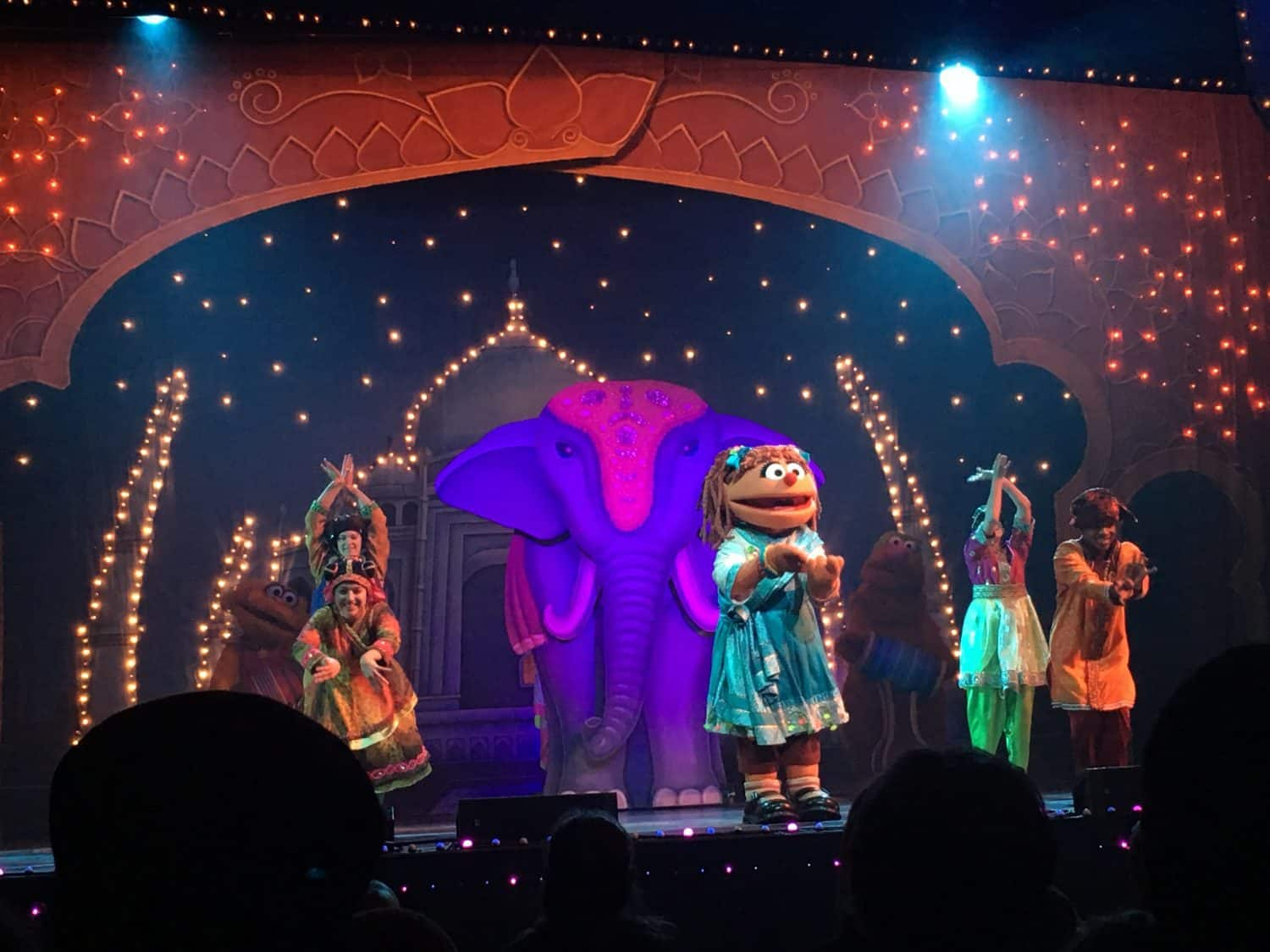 Sesame Street Live - Chamki Teaches Indian Dance