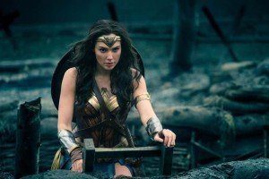 Wonder Woman - Leaving a trench