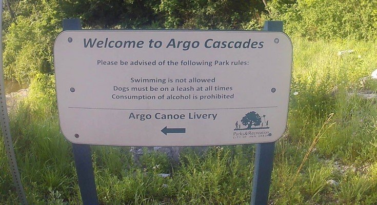 Argo Cascades - Wednesday Activity Review - Cascades Sign
