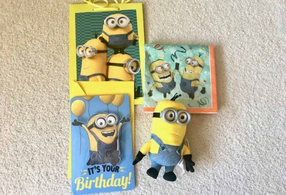 Birthdays Made Brighter -Minions Components - Customized Gift Wrap Ideas